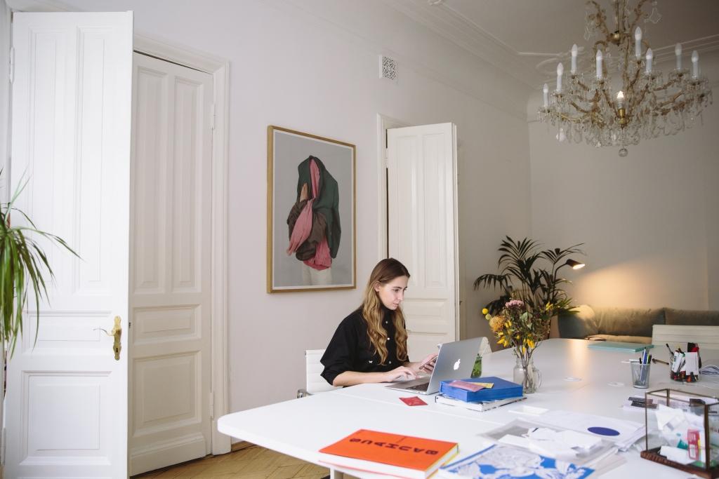 vrouw-thuiswerken